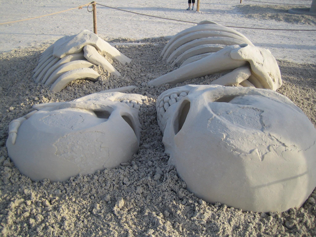 awesome sand sculpture